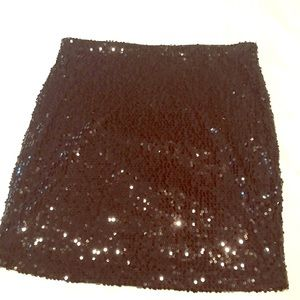 Dresses & Skirts - Sequin skirt elastic waist